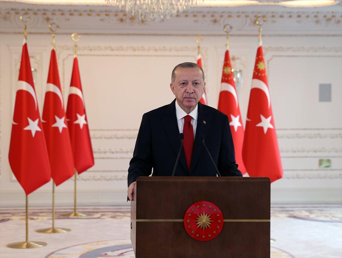 Cumhurbaşkanı Erdoğan: Demokrasiden bahsedenlerin AK Parti ye tutumu katıksız faşizm #1
