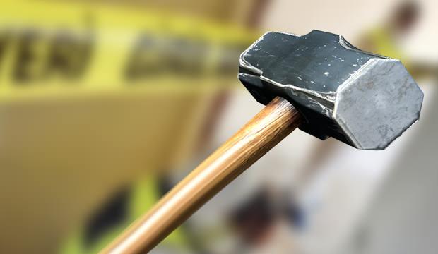 Korkunç cinayet: Cani koca eşini balyozla öldürdü!
