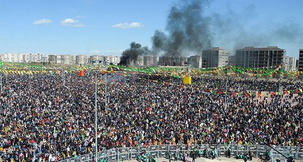 Sırrı Süreyya Önder: Çatışmasızlığın sağlanması bir haftada mümkün