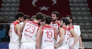 Türkiye A Milli Erkek Basketbol Takımı, FIBA 2022 Avrupa Şampiyonası elemelerinde Hırvatistan'ı 84-78 yendi