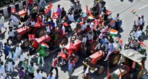 Twitter, Hindistan'da hükümeti sarsan çiftçi protestolarıyla bağlantılı 250 hesabı engelledi