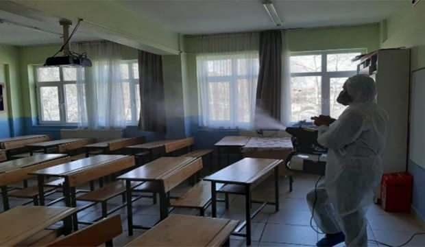 1 öğrenci pozitif çıkınca 49 öğrenci karantina altına alındı