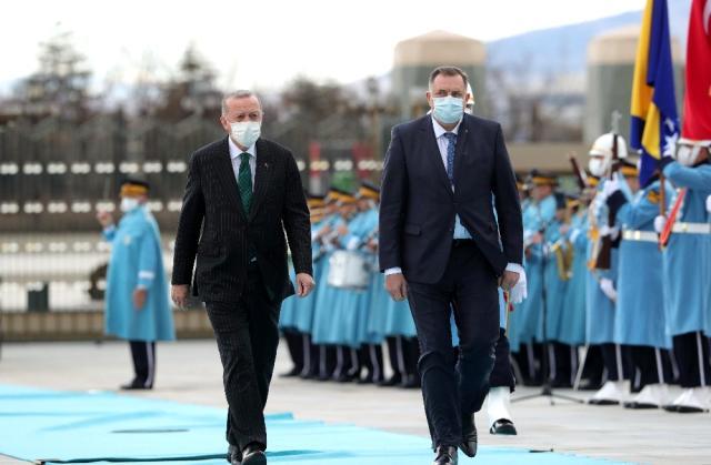 Son dakika: Cumhurbaşkanı Erdoğan, Bosna Hersek Devlet Başkanlığı Konseyi Başkanı Dodik onuruna yemek verdi