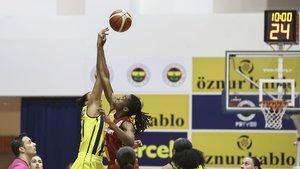 Fenerbahçe 1-0 öne geçti