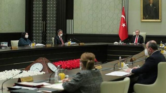 Görevden alınan eski bakan Zehra Zümrüt Selçuk, Kardemir'e yönetim kurulu üyesi oldu