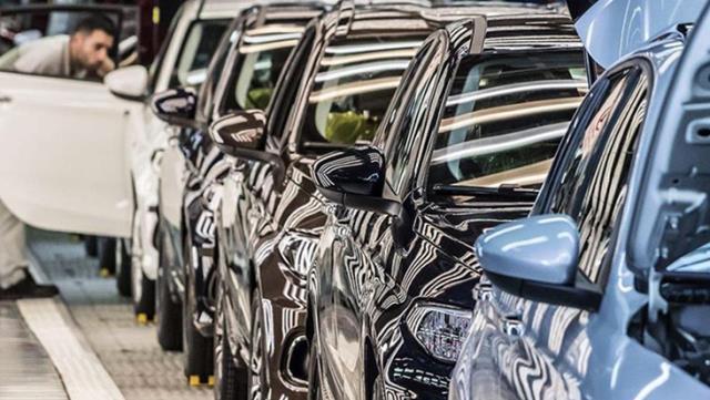 Otomobil satışlarında Renault, hafif ticari satışlarında Ford ilk sırada yer aldı